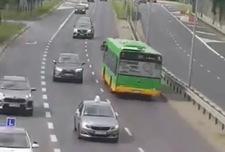 Jechał pod prąd miejskim autobusem!